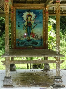 Tempel in het bos